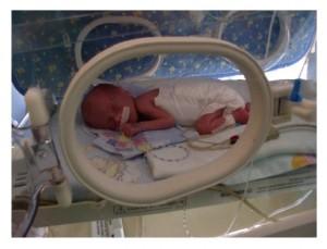 Maciuś w inkubatorze